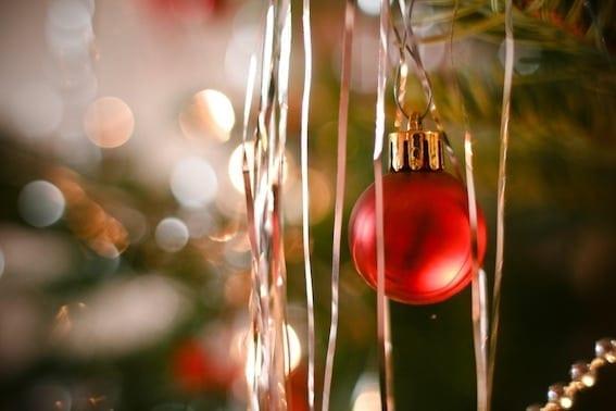 S-Thetics Beaconsfield luxurious Christmas gift ideas_web